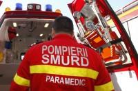 Bărbat de 57 de ani din Roșia Montană rănit, după ce a pierdut controlul volanului și s-a izbit de un parapet pe DJ 742