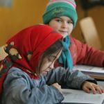 Școala Primară din Gura Roșiei găzduiește singura clasă cu predare în limba rromani din județul Alba