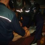 Tânăr din Bucium reţinut de polițiști după ce a agresat doi bărbați, în fața unui bar din Abrud