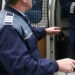 Bărbat din judeţul Argeş reținut de polițiști după ce i-a vândut unui cetăţean din Abrud apă în loc de motorină