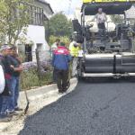 Lucrări de asfaltare a mai multor străzi, la Abrud