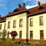 Doi medici specialiști din Cluj și Oradea au ales să profeseze la Spitalul orășenesc din Abrud. Primăria intenționează să le ofere spații de cazare