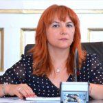 Prefectul Mihaela Albu sprijină dezvoltarea comunităților sărace din Munţii Apuseni