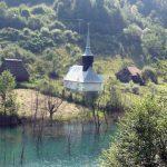 Biserică ortodoxă din satul Vința, veche de peste 200 de ani, va fi acoperită de steril