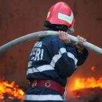 Intervenție a pompierilor militari din Câmpeni, pentru stingerea unui incendiu izbucnit la acoperișul unei anexe gospodărești din Bucium