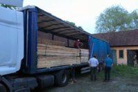 18 metri cubi de material lemnos confiscați de polițiștii din Abrud și Bucium, de la un bărbat din județul Maramureș care nu a putut prezenta actele de proveniență