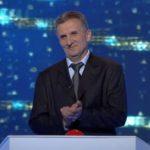 """Leontin Costea, un profesor de geografie din Abrud, concurent la emisiunea """"Câștigă România"""" de pe TVR 2, prezentată de Virgil Ianțu"""