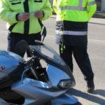 Tânăr de 27 de ani din Bucium cercetat de polițiștii din Abrud, după ce a fost surprins conducând o motocicletă fără a avea permis pe DN 74