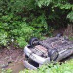 Accident rutier soldat cu rănirea a două persoane pe DN 74, provocat de un tânăr șofer din Câmpeni