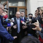 Aurul de la Roșia Montană pe cale să-l înfunde pe fostul președinte Traian Băsescu