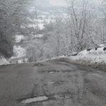 DN 74 a devenit unul dintre drumurile naţionale pe care mergi mai rău decât pe o uliţă sătească