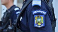 Doi bărbați din Dăroaia au fost surprinși de jandarmi în timp ce furau de fier vechi, din incinta unei societăți comerciale